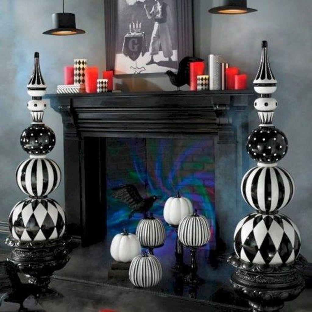 Stunning Halloween Living Room Decor Ideas Looks Scary 01