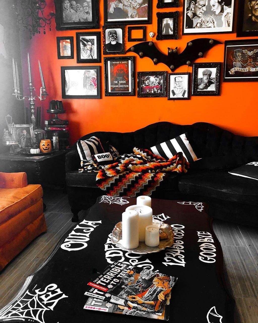 Stunning Halloween Living Room Decor Ideas Looks Scary 10