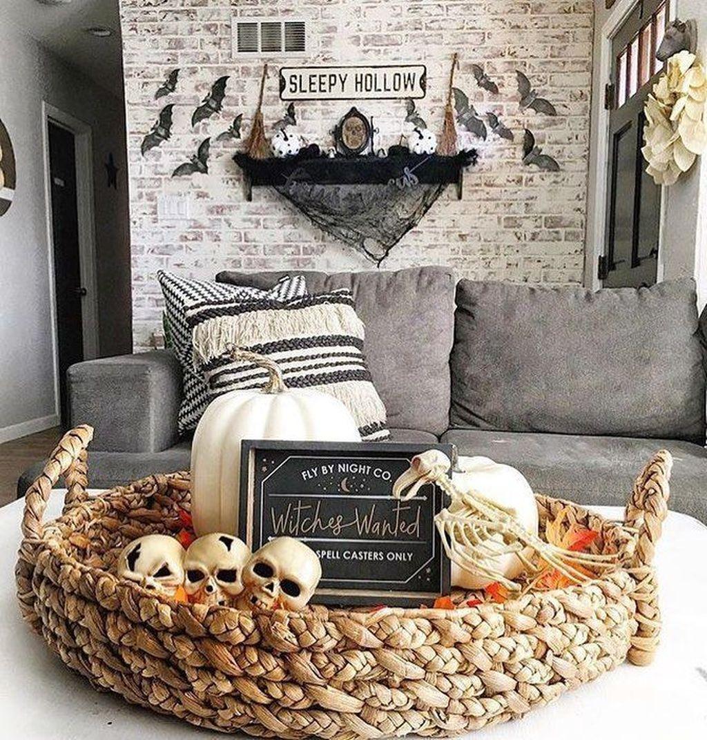 Stunning Halloween Living Room Decor Ideas Looks Scary 13