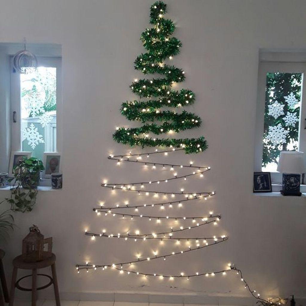 Amazing Winter Christmas Tree Design And Decor Ideas 05