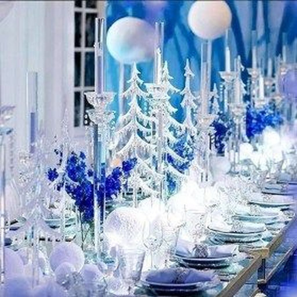Awesome Winter Wonderland Party Decorations Ideas 26