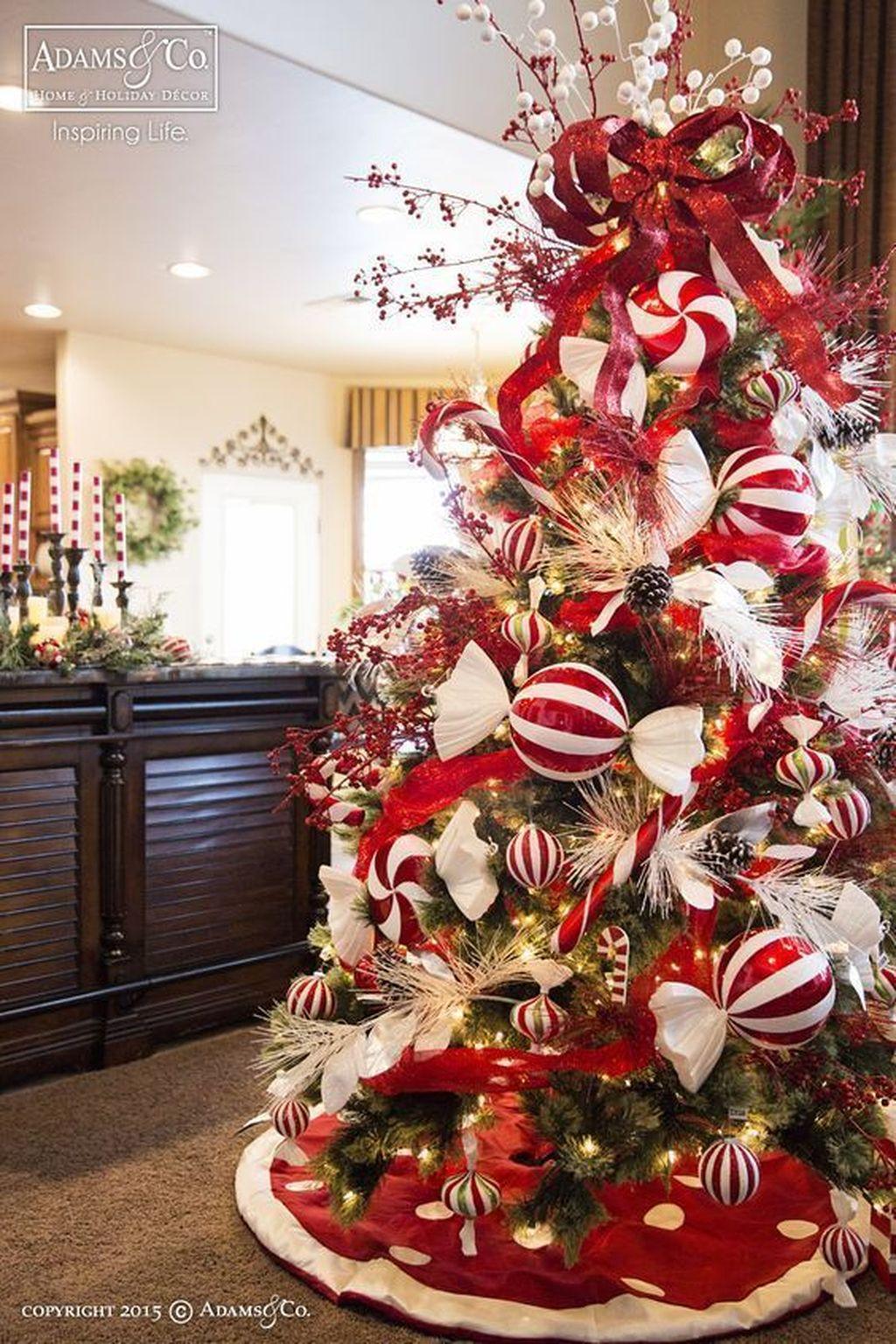 Beautiful Christmas Tree Decorations Ideas 02