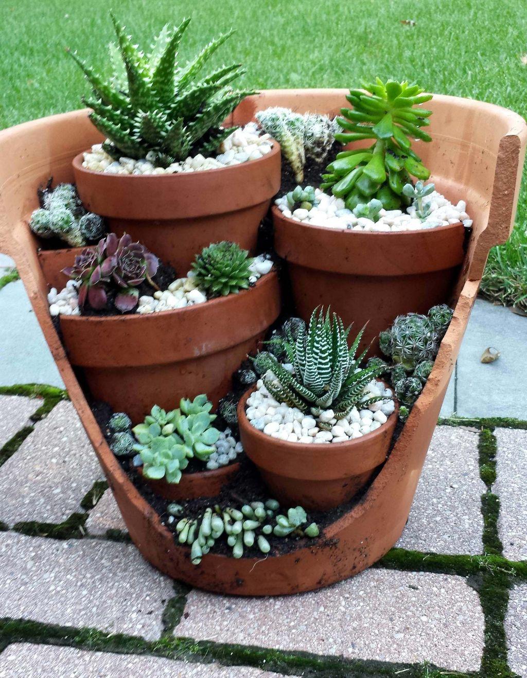 Beautiful Outdoor Succulent Planter Ideas 02