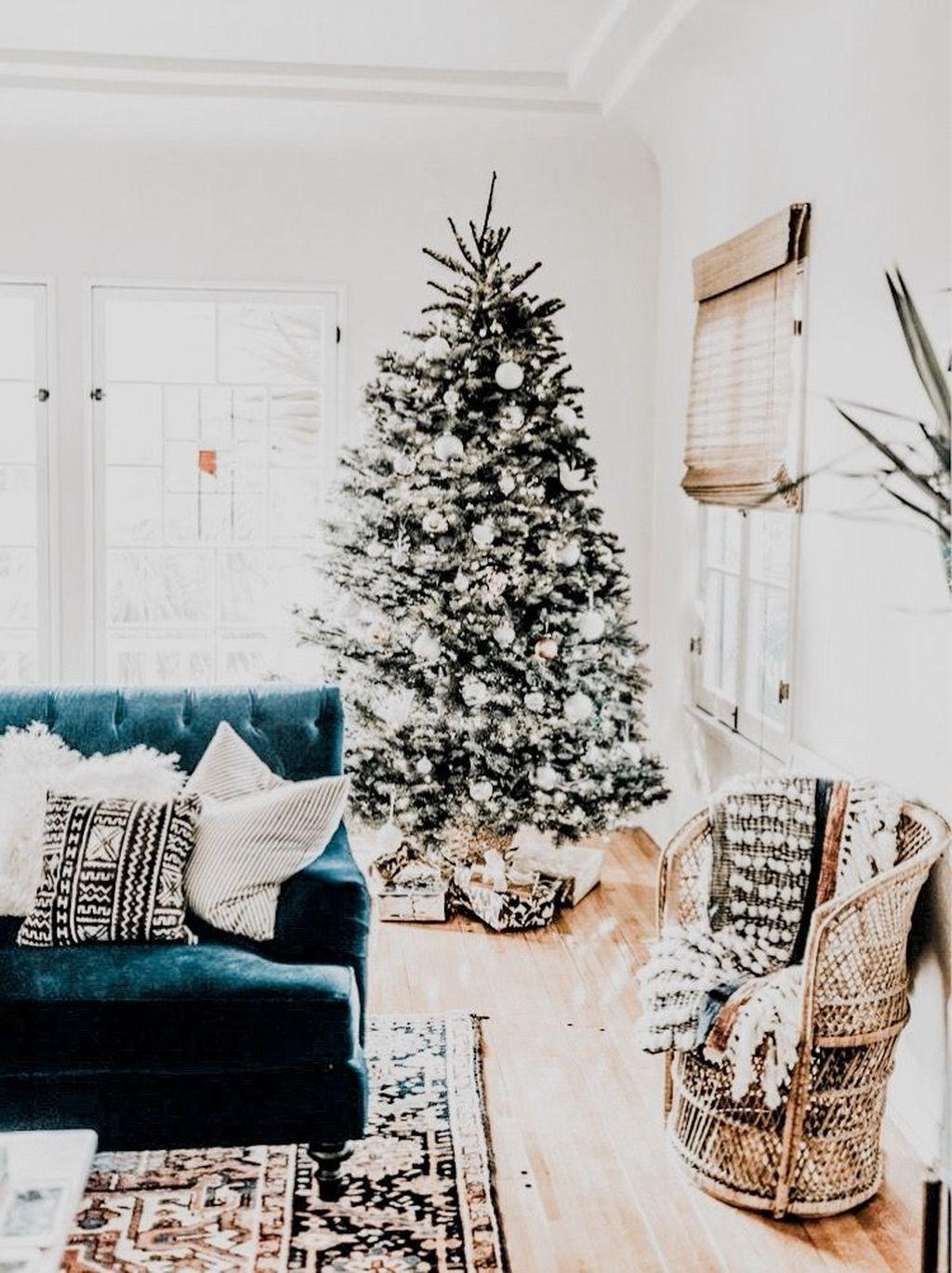 Fabulous Winter Home Decor Ideas 03
