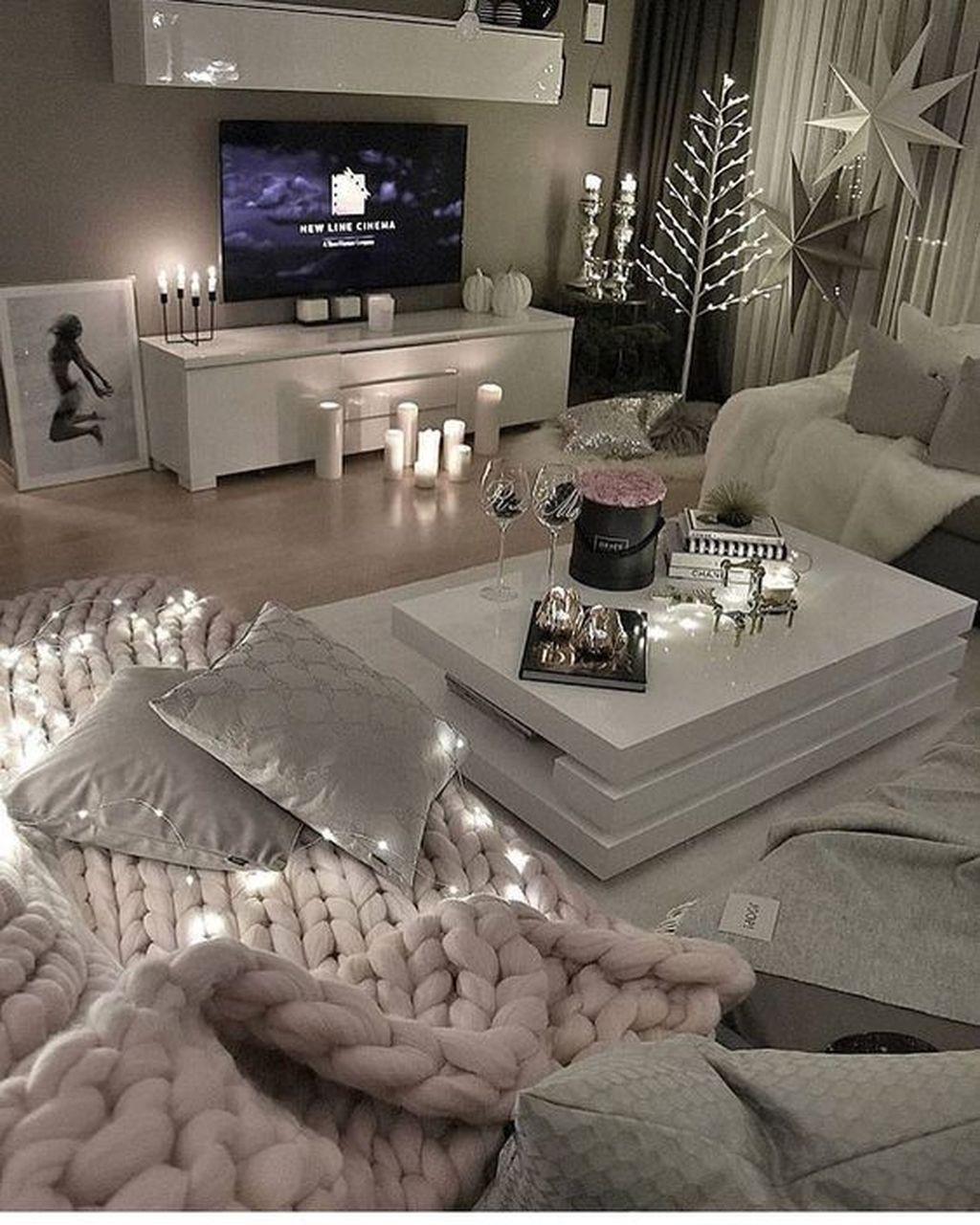 Fabulous Winter Living Room Decor Ideas 18