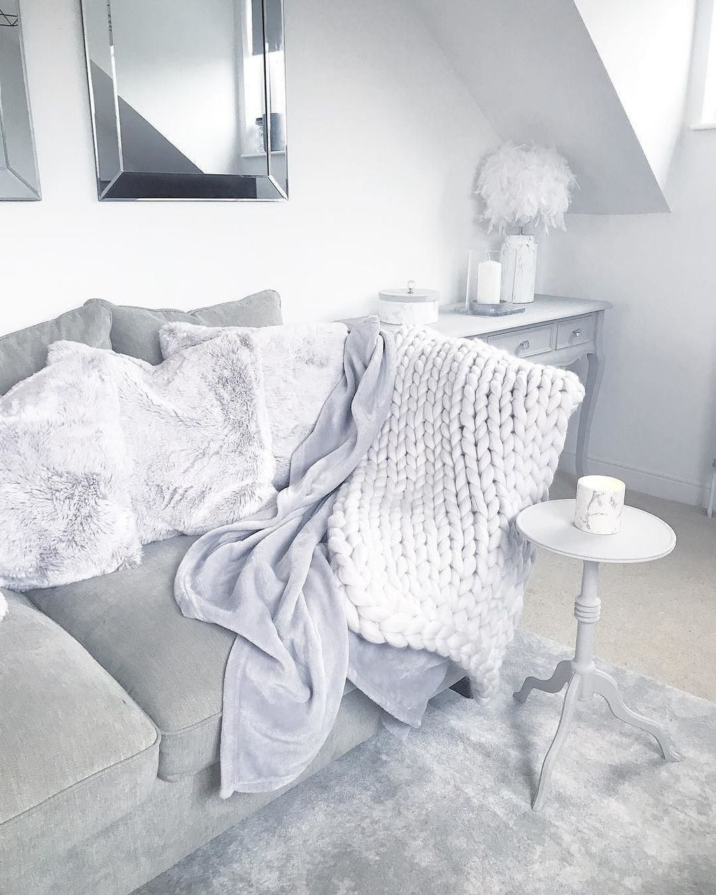 Fabulous Winter Living Room Decor Ideas 32