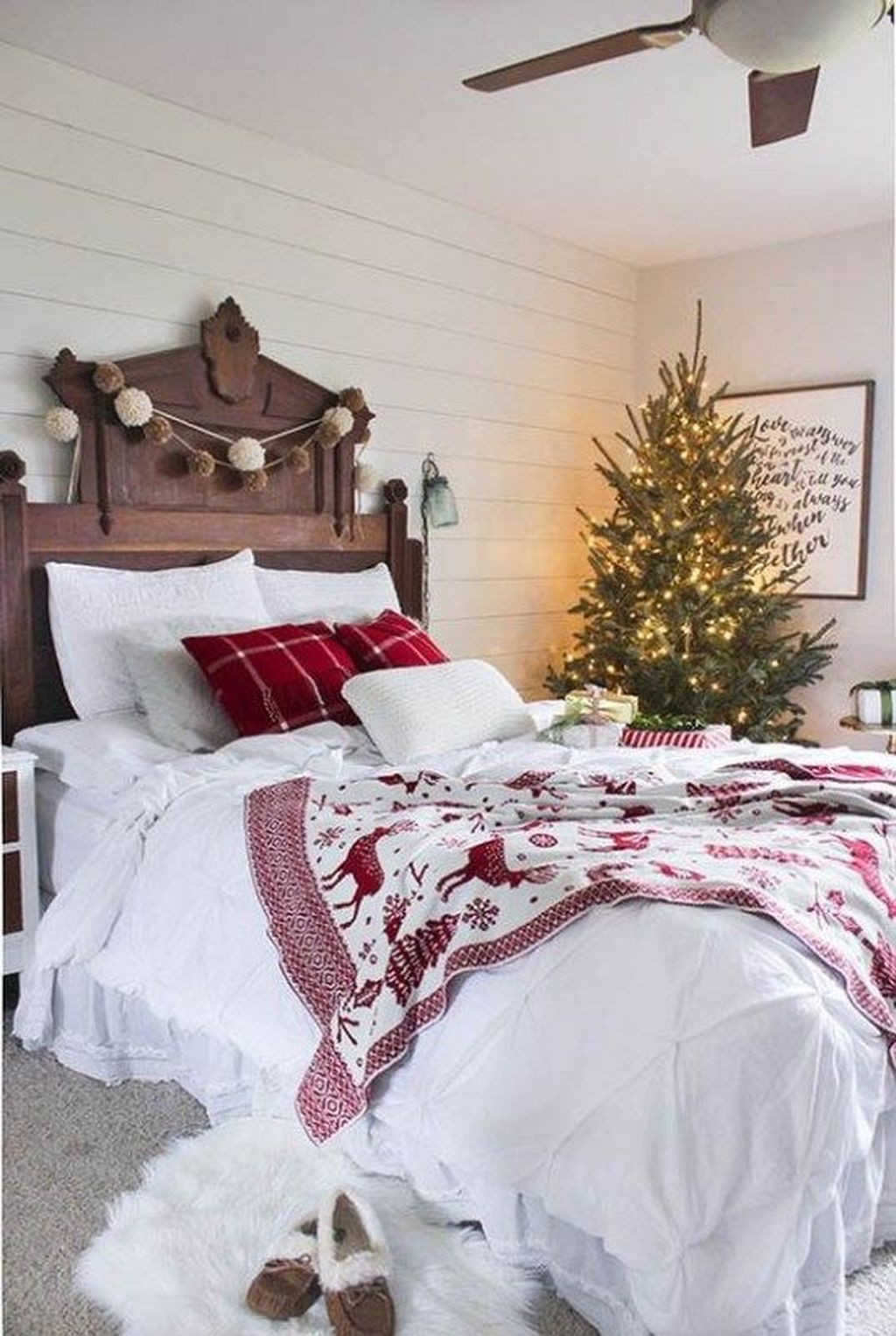 Gorgeous Master Bedroom Decor Ideas For Wintertime 07