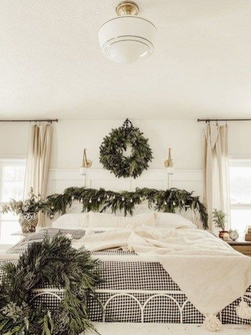 Gorgeous Master Bedroom Decor Ideas For Wintertime 09