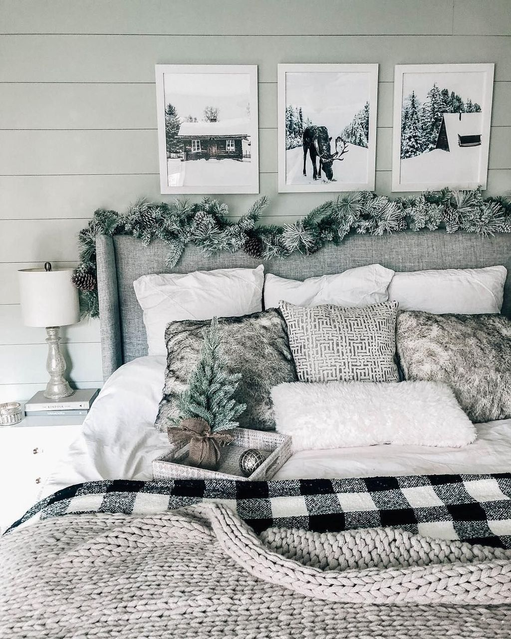 Gorgeous Master Bedroom Decor Ideas For Wintertime 29