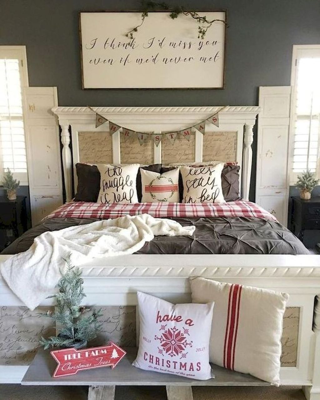 Gorgeous Master Bedroom Decor Ideas For Wintertime 30