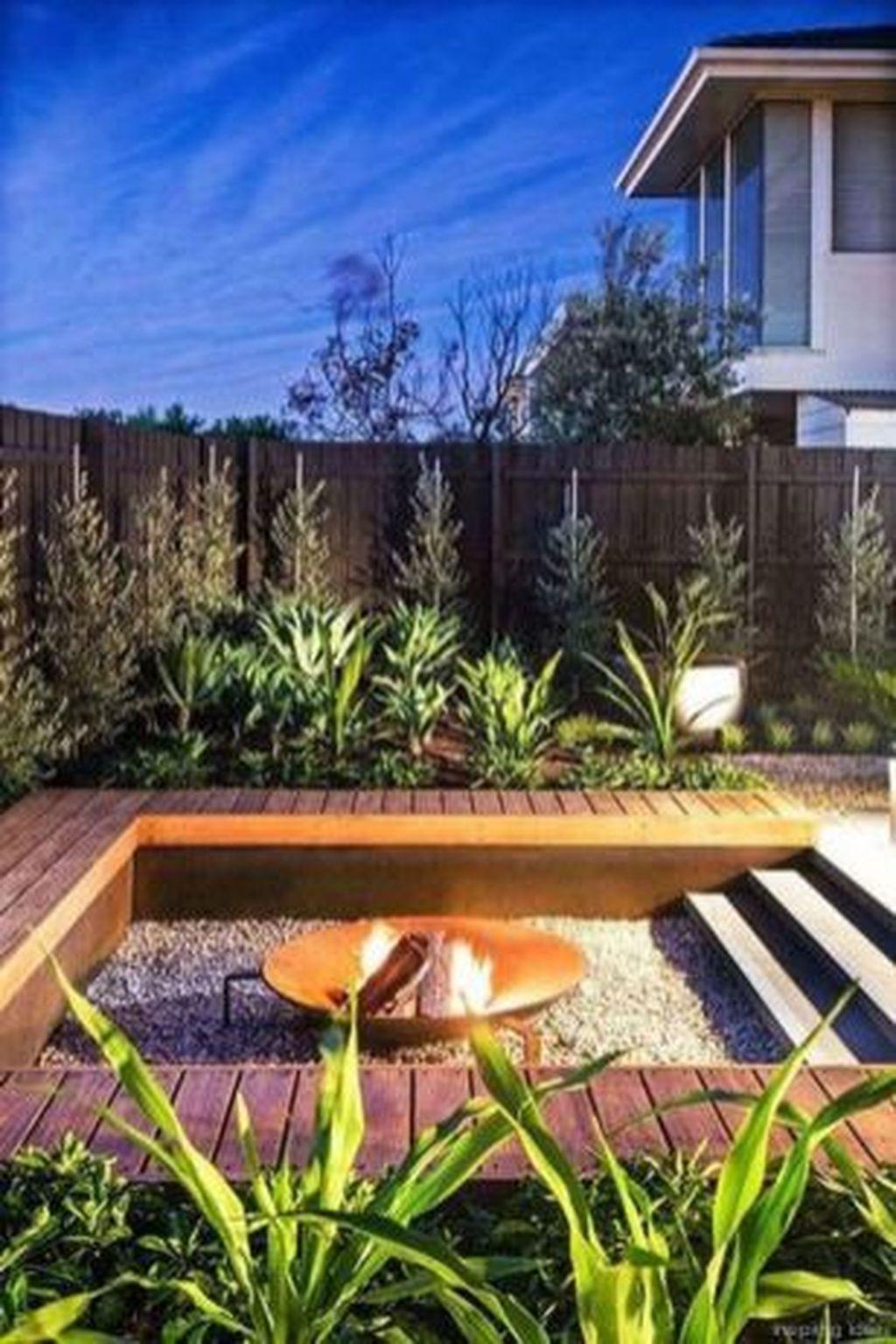 Inspiring Backyard Fire Pit Ideas 29