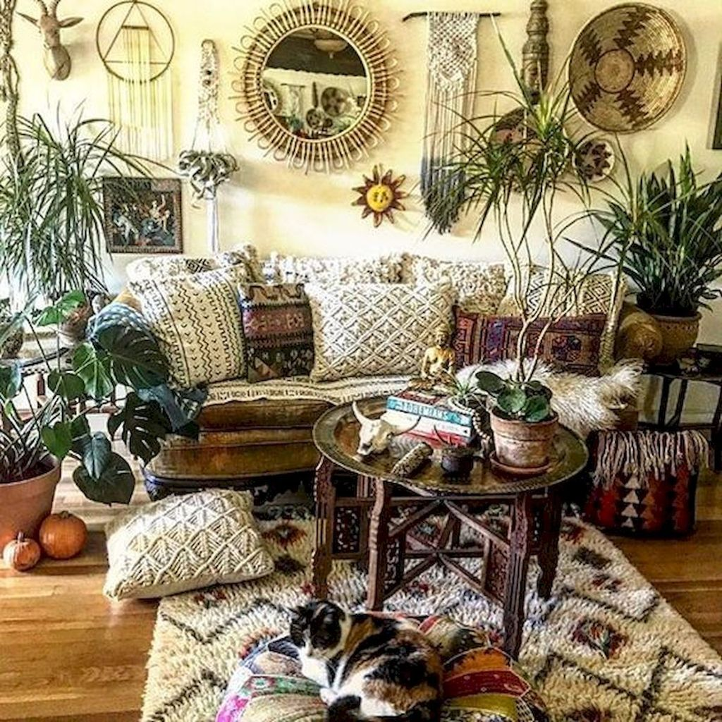 Lovely Bohemian Living Room Decor Ideas 14