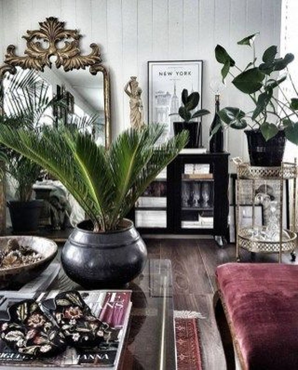 Lovely Bohemian Living Room Decor Ideas 16