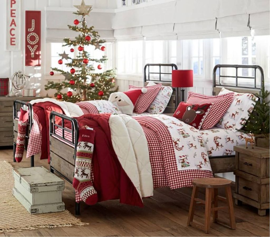 Lovely Christmas Kids Bedroom Decorations 27