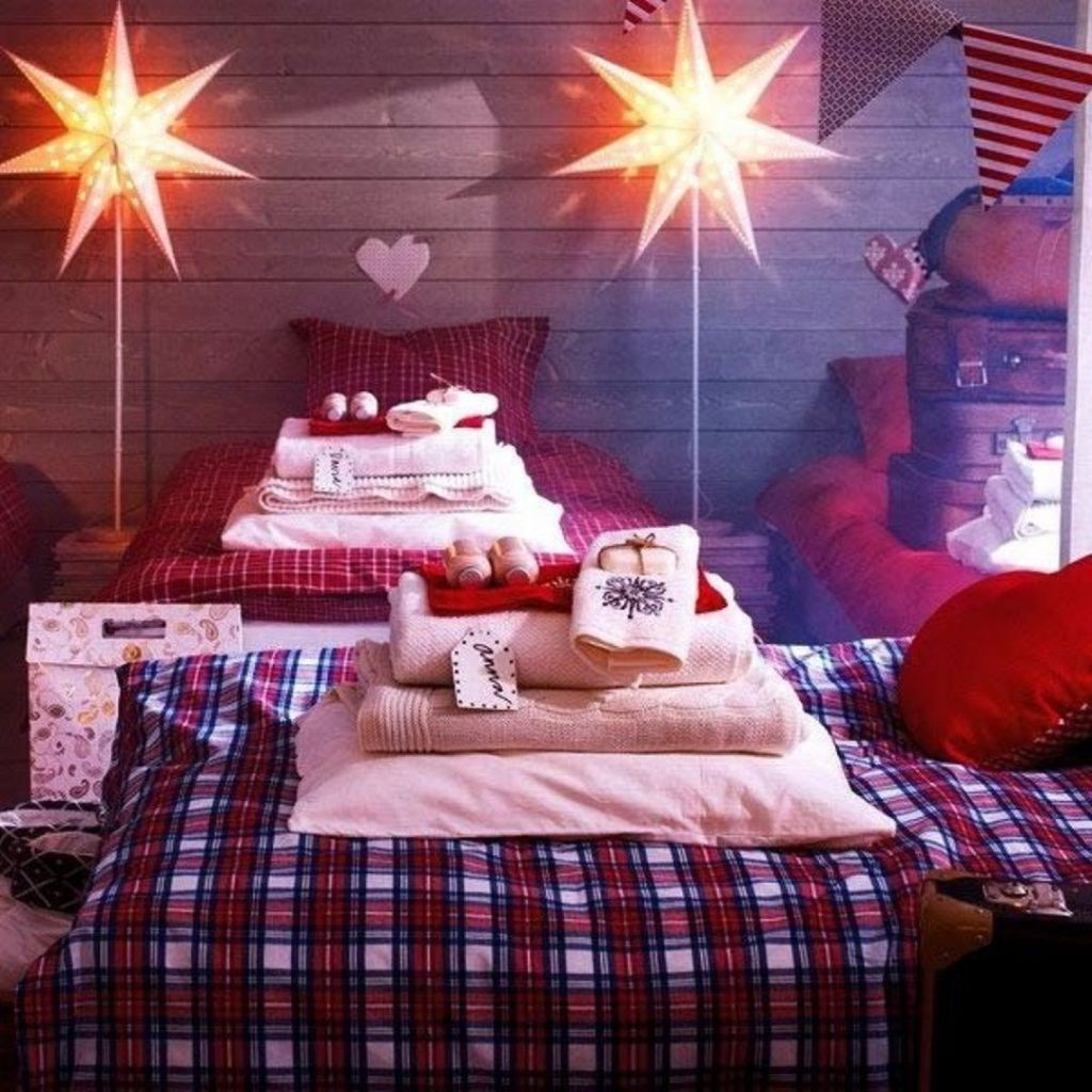 Lovely Christmas Kids Bedroom Decorations 32