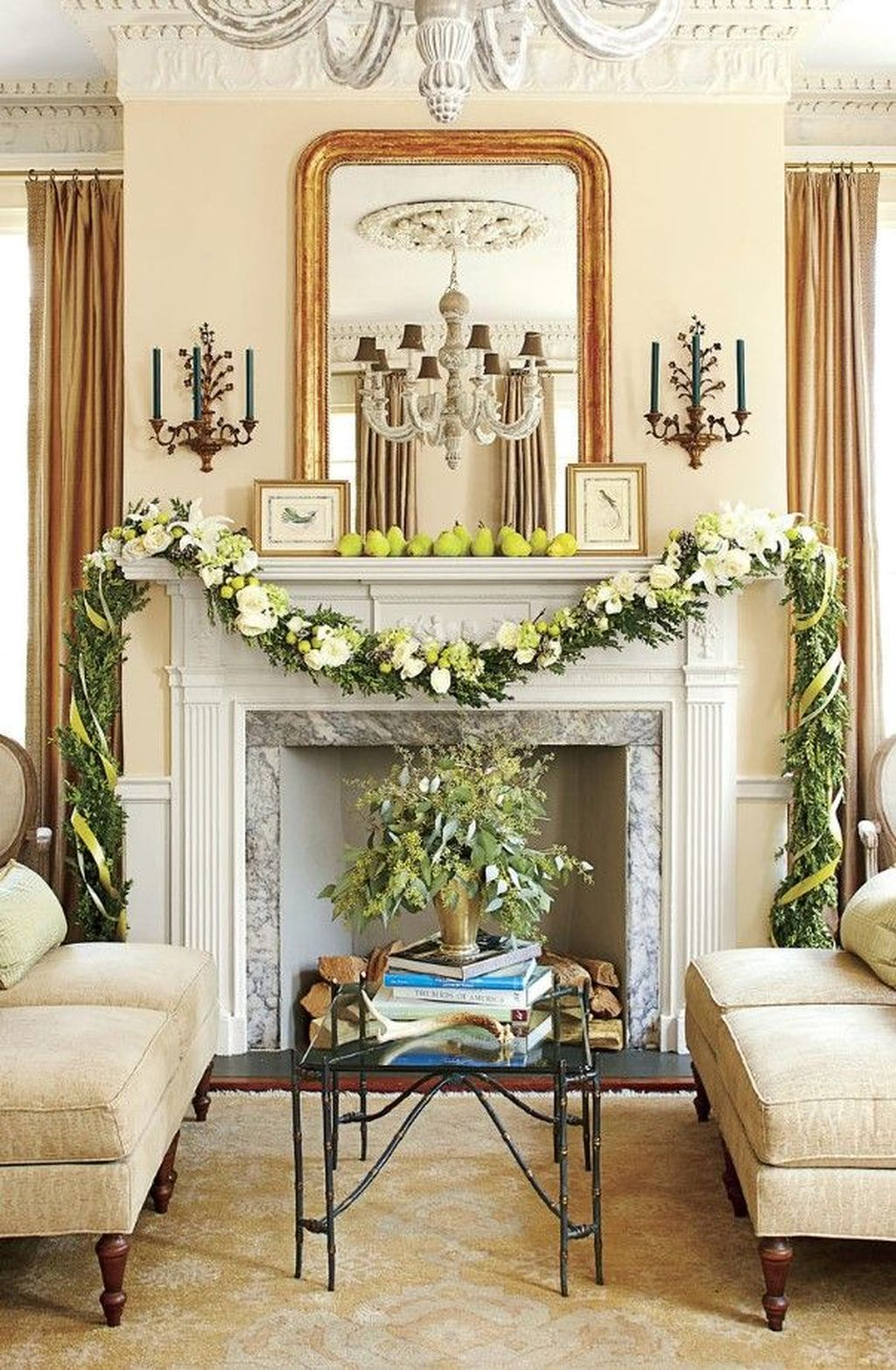 Popular Christmas Fireplace Mantel Decorations That You Like 01