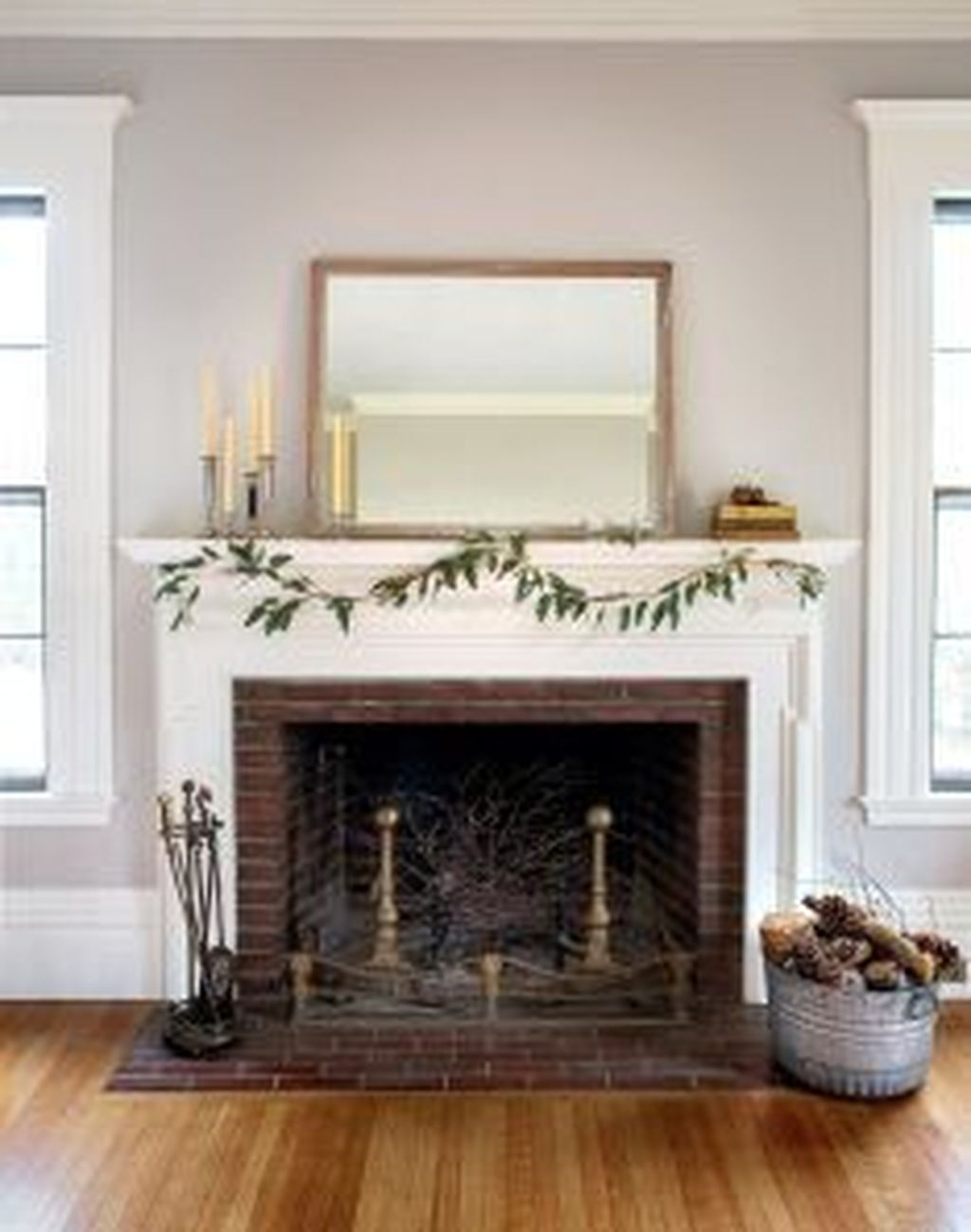 Popular Minimalist Winter Decor Ideas You Should Try 24