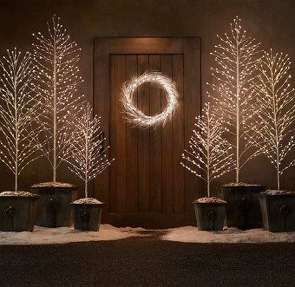 Popular Minimalist Winter Decor Ideas You Should Try 25