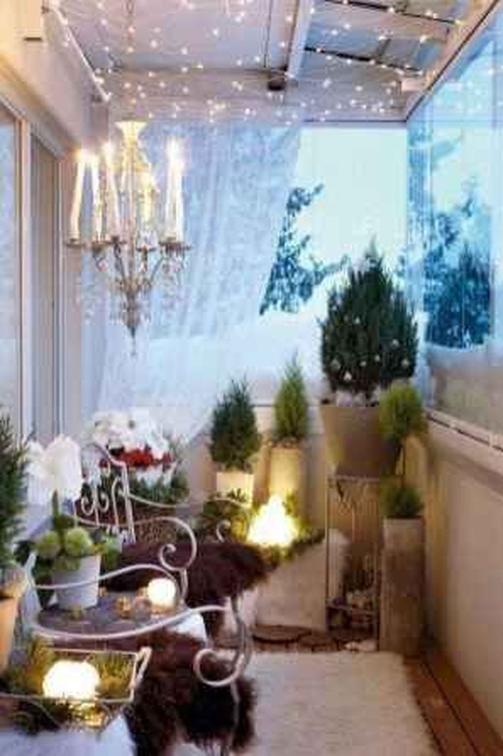Stunning Apartment Balcony Decor Ideas For This Winter 10