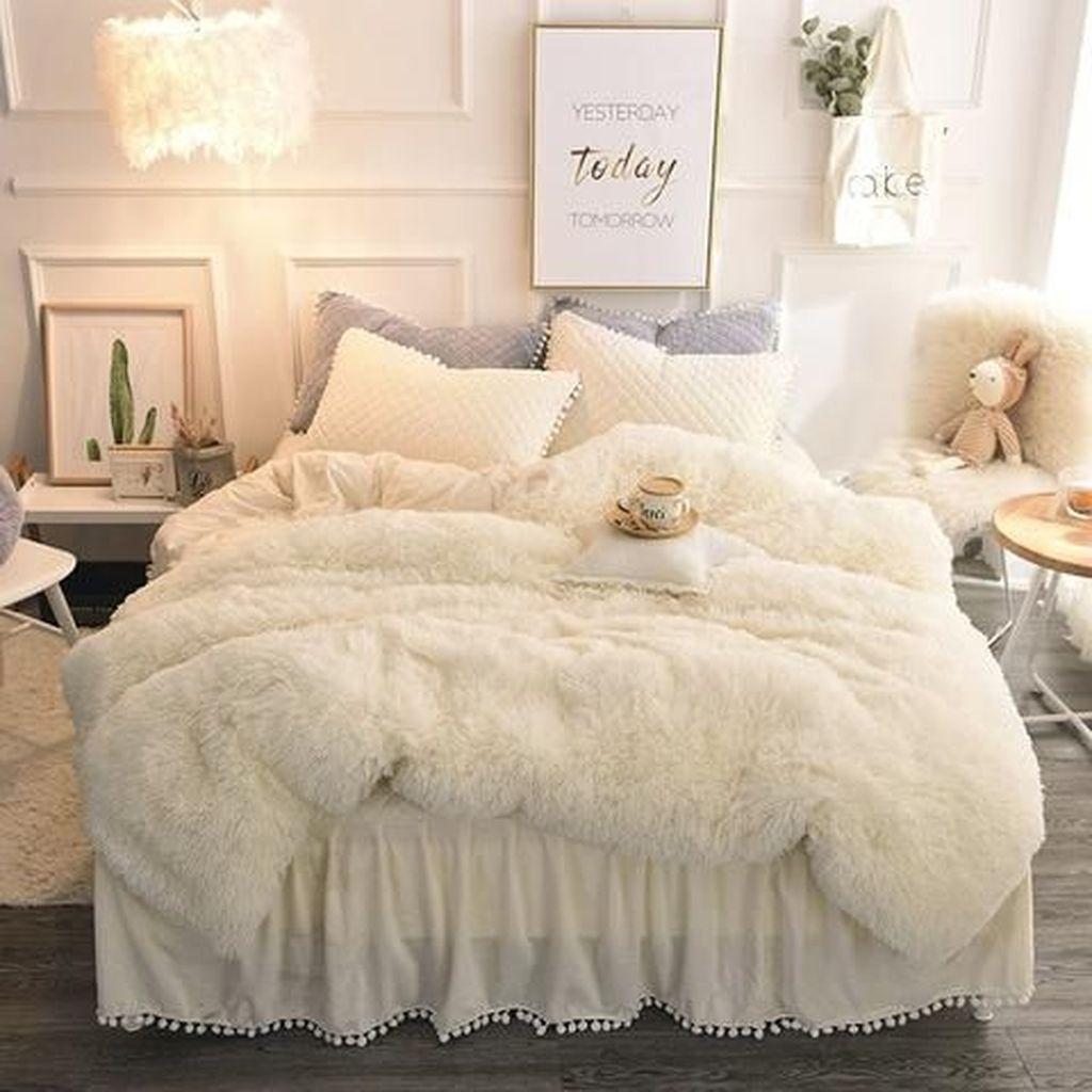 Stunning Bedding Ideas For Cozy Bedroom 02