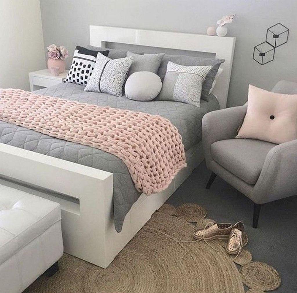 Stunning Bedding Ideas For Cozy Bedroom 11