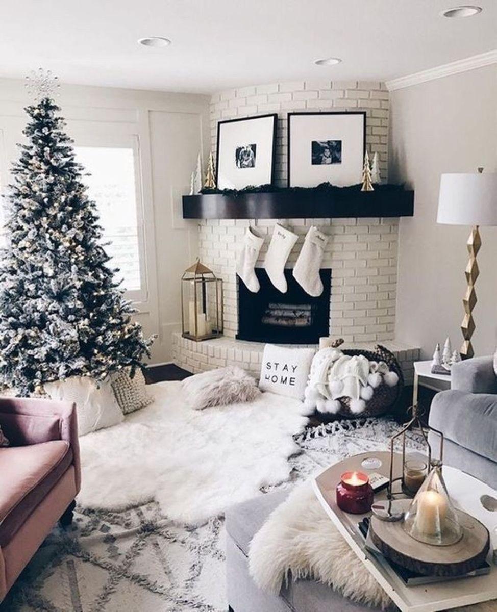 Beautiful Winter Apartment Decor Ideas 02