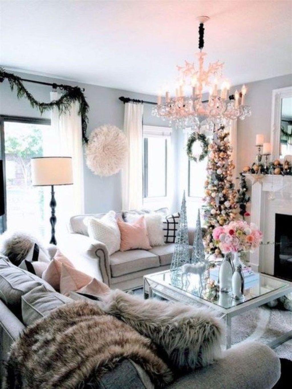 Beautiful Winter Apartment Decor Ideas 26