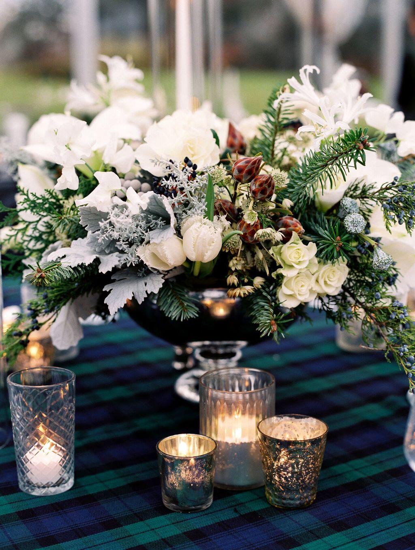 Nice Winter Table Centerpieces Decoration Ideas 05