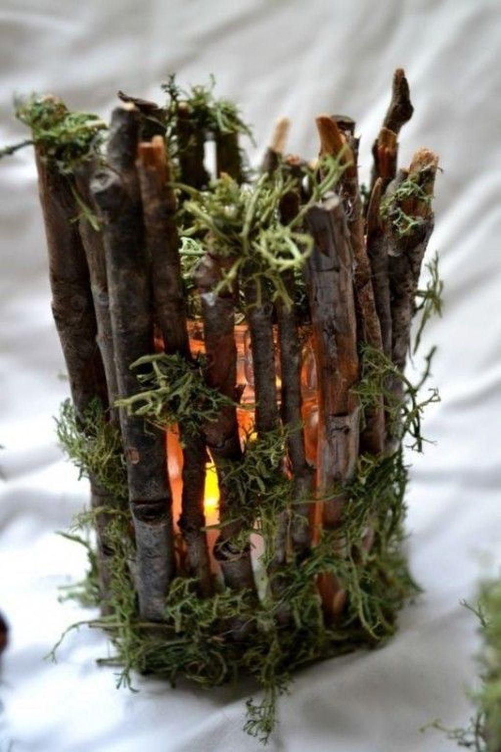 Nice Winter Table Centerpieces Decoration Ideas 06