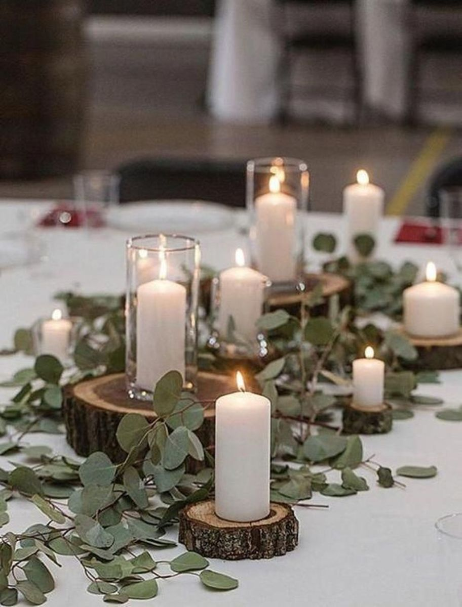 Nice Winter Table Centerpieces Decoration Ideas 21