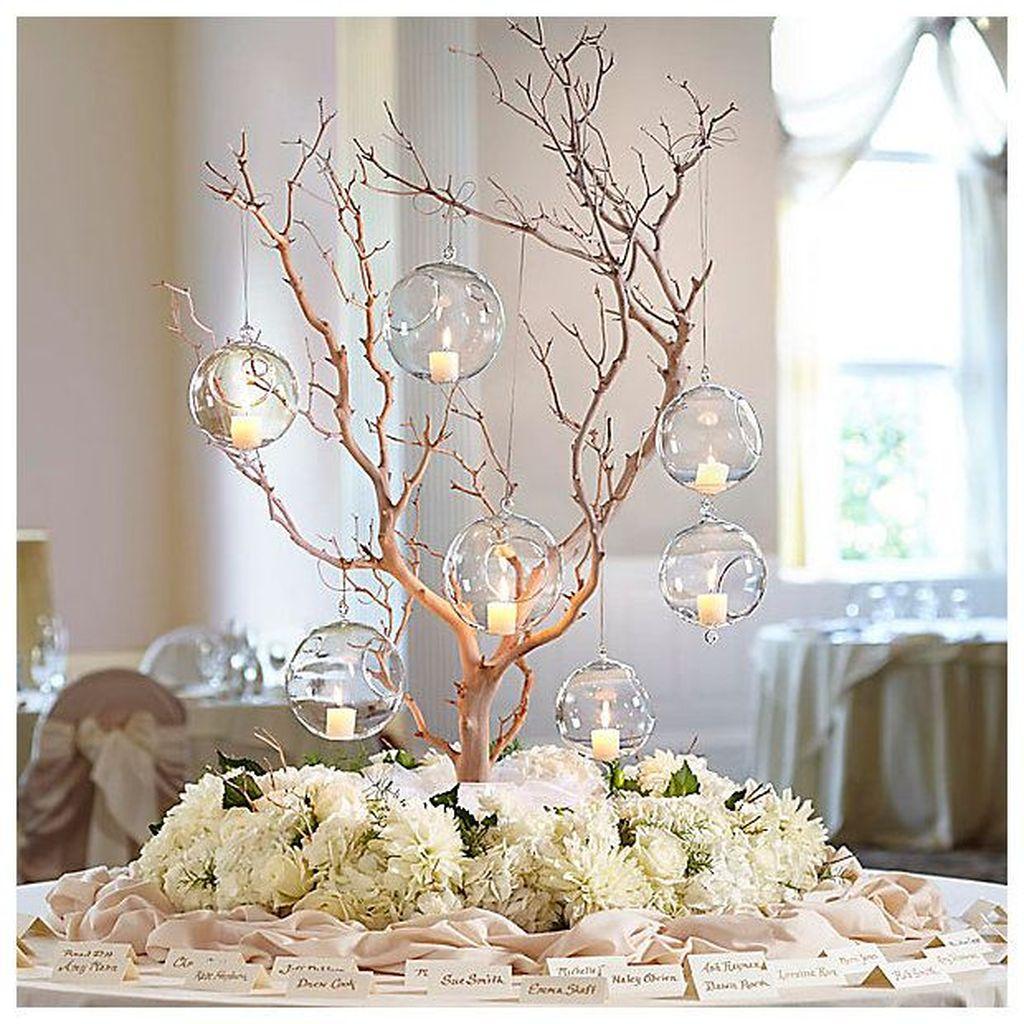 Nice Winter Table Centerpieces Decoration Ideas 26