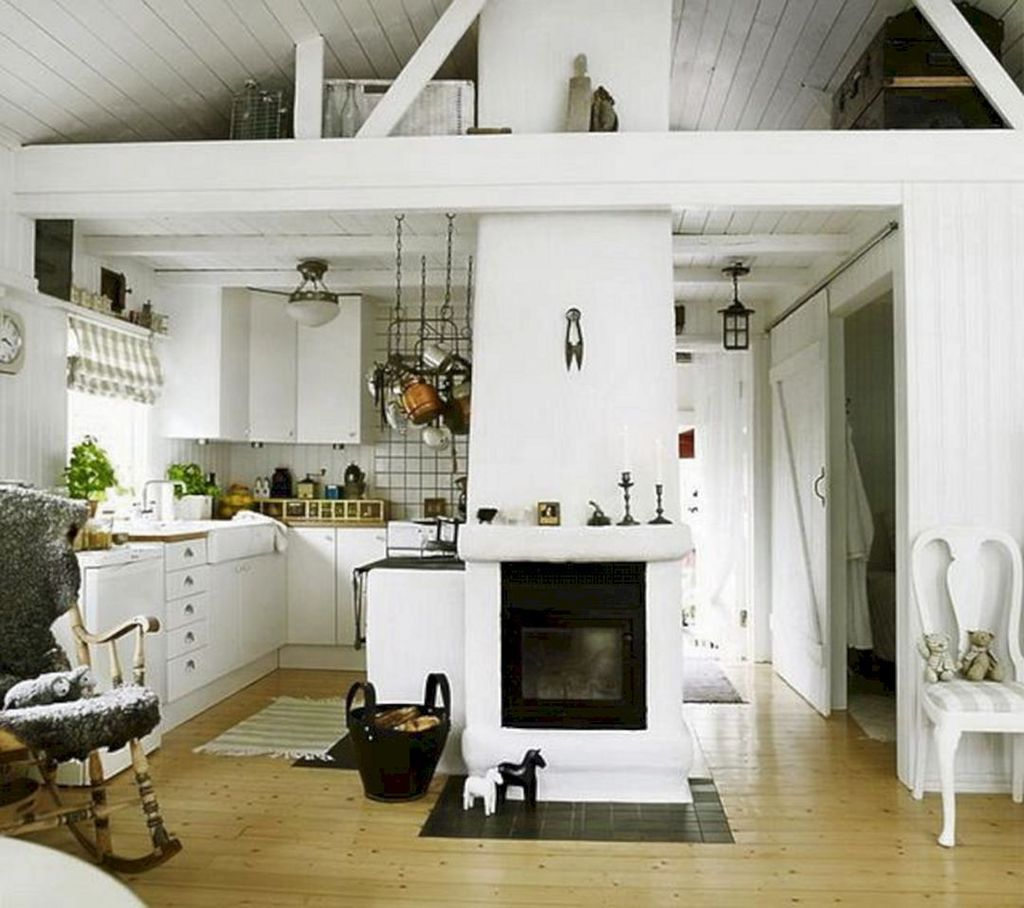 Amazing Small Cottage Interiors Decor Ideas 18