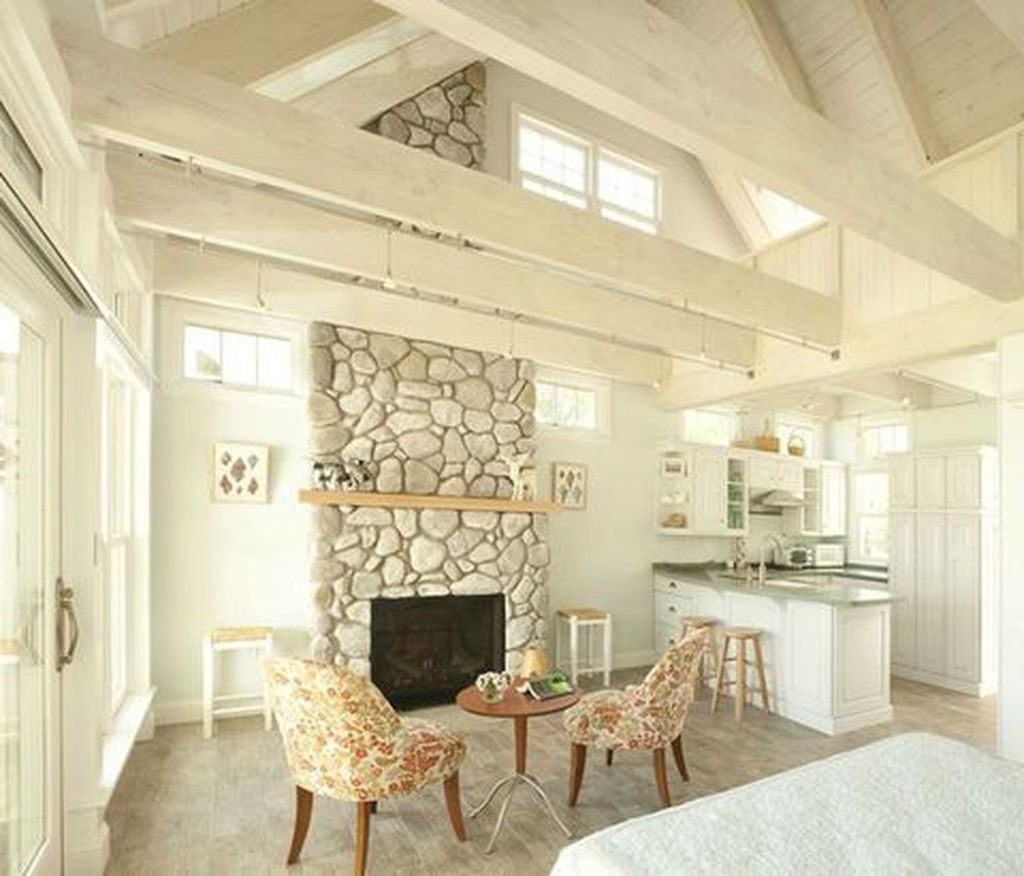 Amazing Small Cottage Interiors Decor Ideas 30
