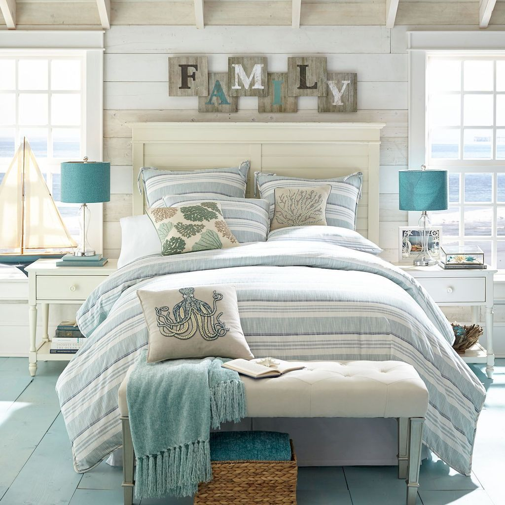 Awesome Cottage Bedroom Decoration Ideas 12