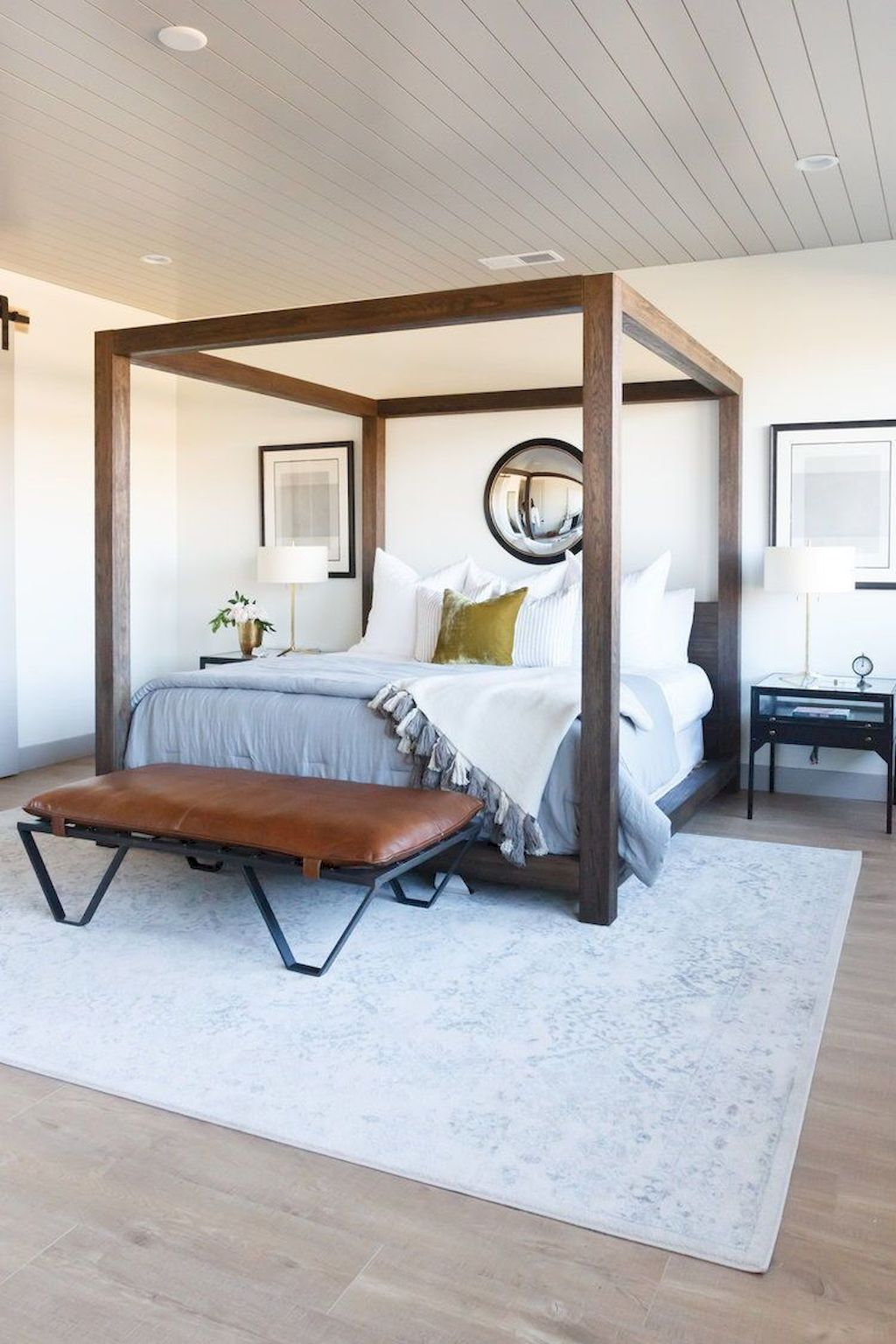 Awesome Cottage Bedroom Decoration Ideas 14
