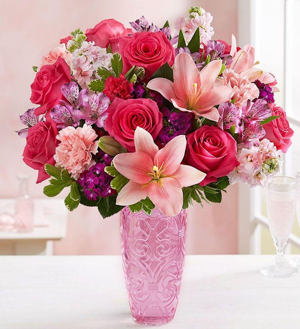 Beautiful Valentine Flower Arrangements That You Will Like 25
