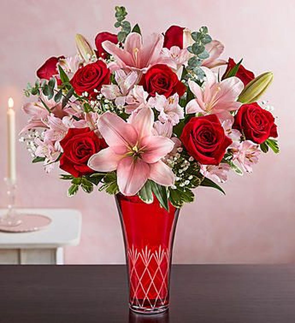 Beautiful Valentine Flower Arrangements That You Will Like 26