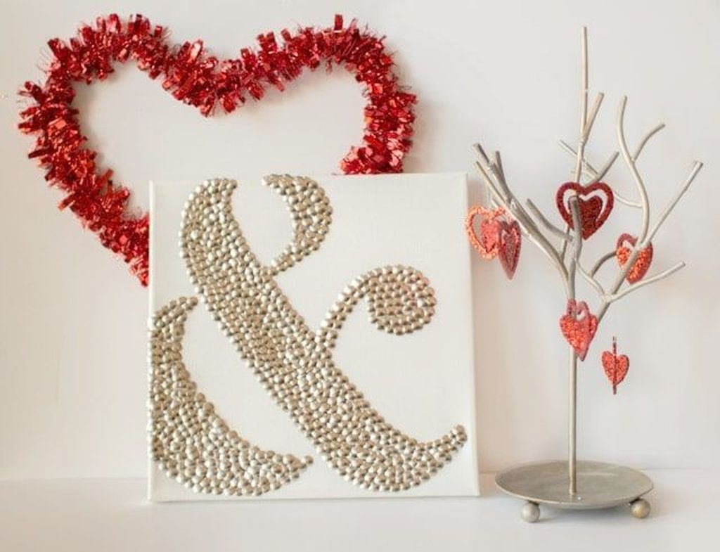 Gorgeous Valentine Wall Decor To Beautify Your Home 13