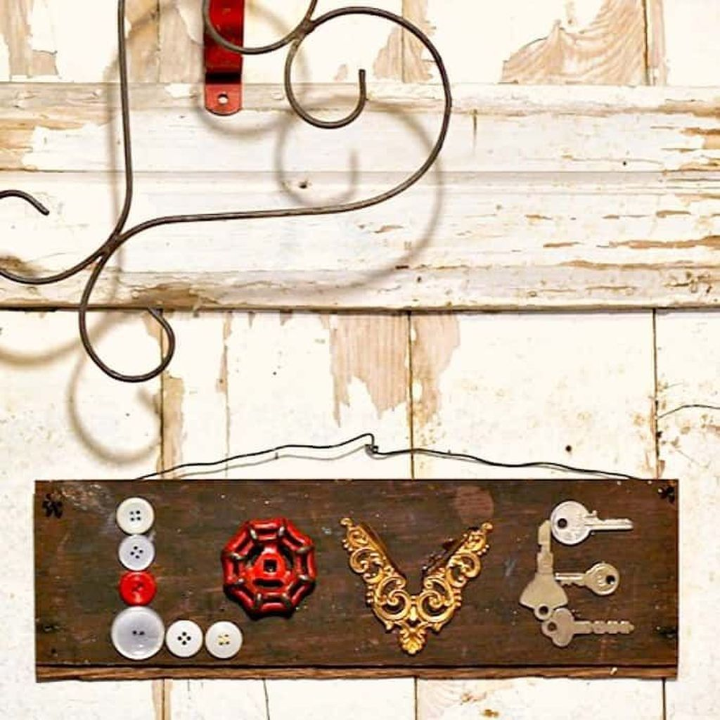 Gorgeous Valentine Wall Decor To Beautify Your Home 22