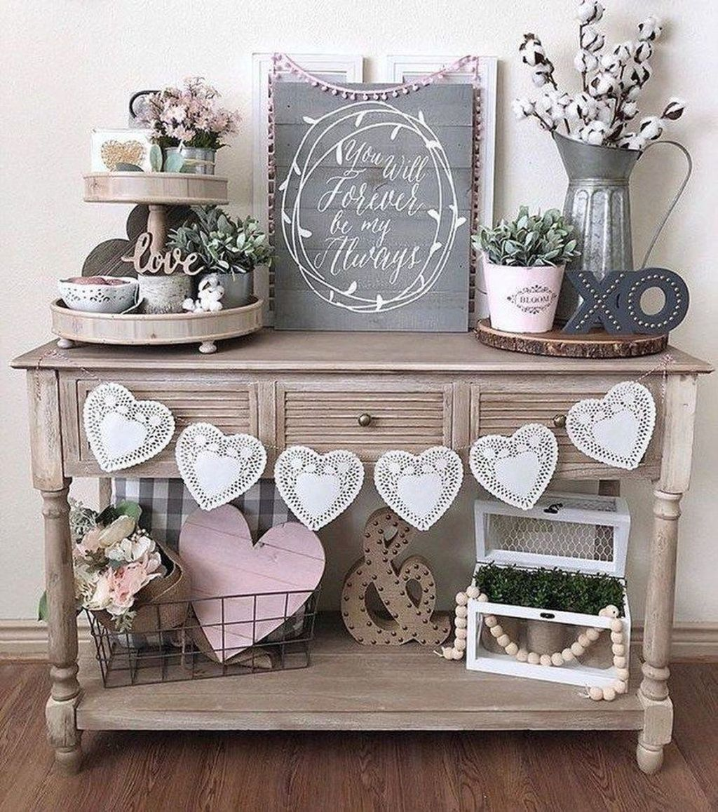 Gorgeous Valentine Wall Decor To Beautify Your Home 27