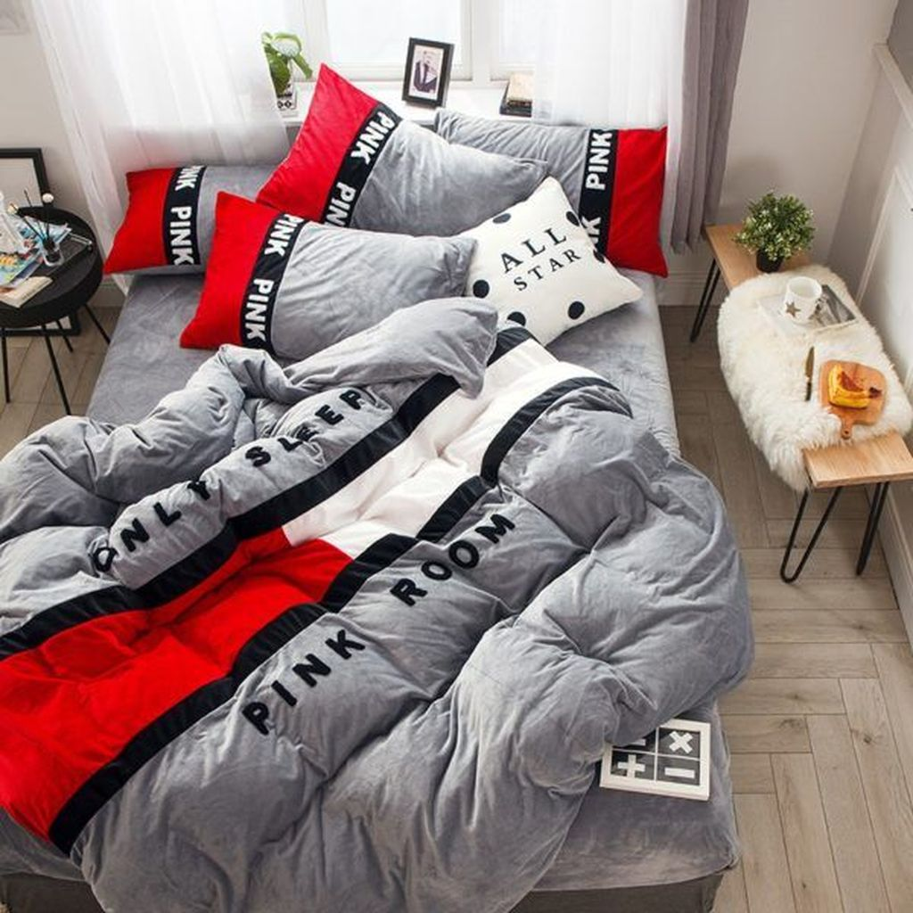 Inspiring Bedding Sets For Perfect Bedroom Decorations 04