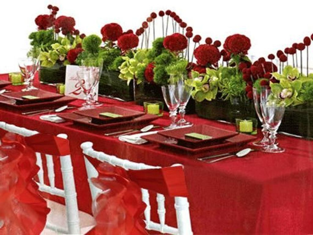 Lovely Valentine Table Decor That You Must Apply In The Dining Room 10