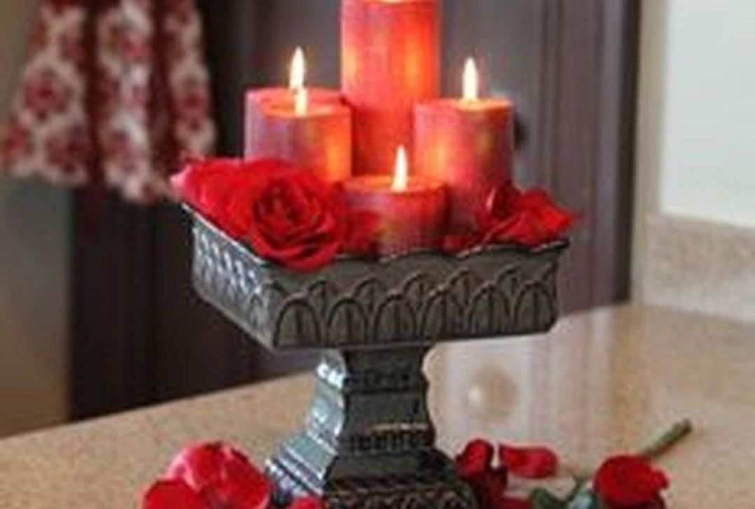 Lovely Valentine Table Decor That You Must Apply In The Dining Room 27