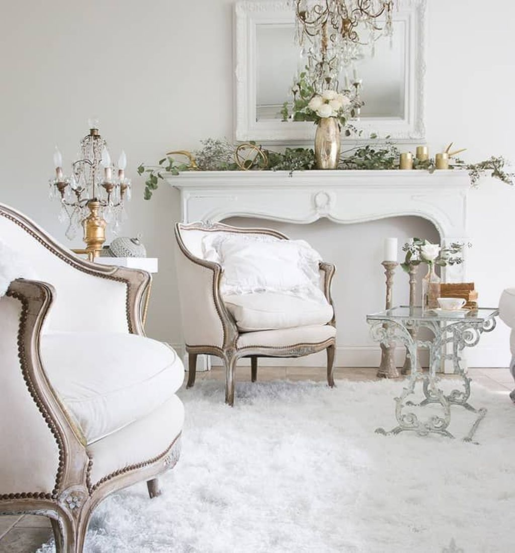 Popular French Country Living Room Decoration Ideas 03