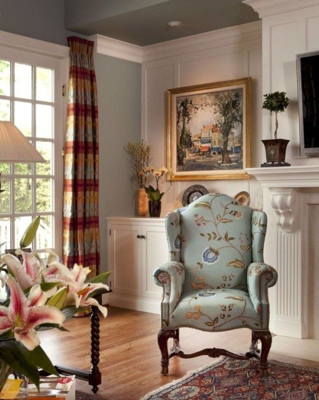 Popular French Country Living Room Decoration Ideas 08