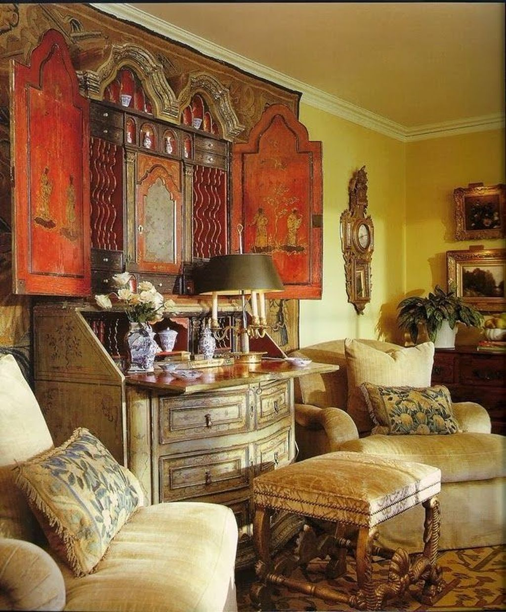 Popular French Country Living Room Decoration Ideas 13