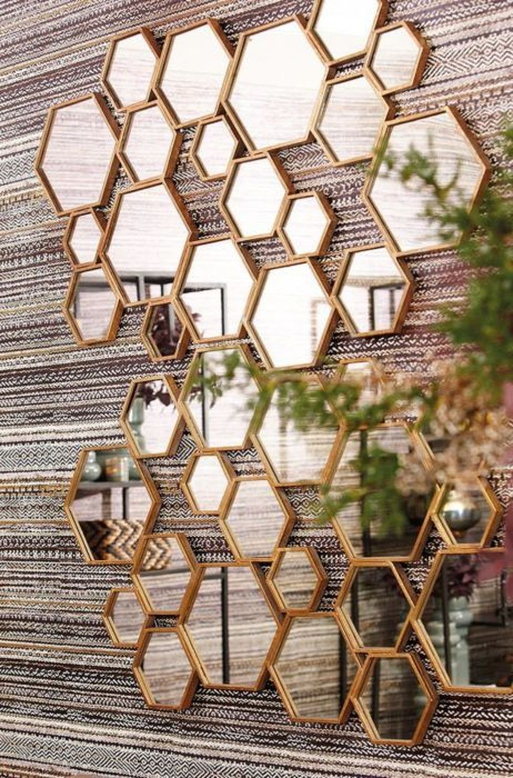 Popular Mirror Wall Decor Ideas Best For Living Room 10