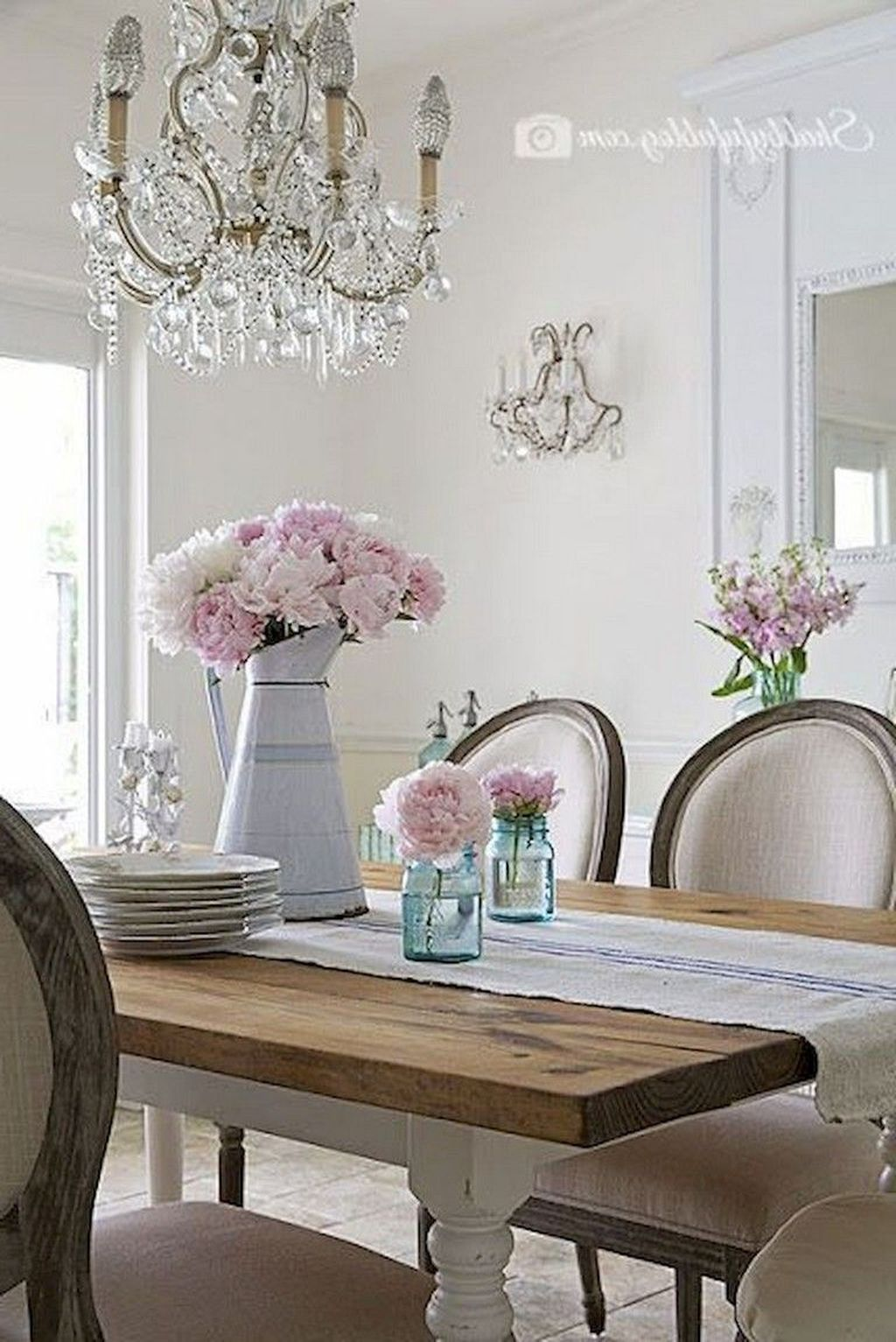 Stunning Romantic Dining Room Decor Ideas Best For Valentines Day 12