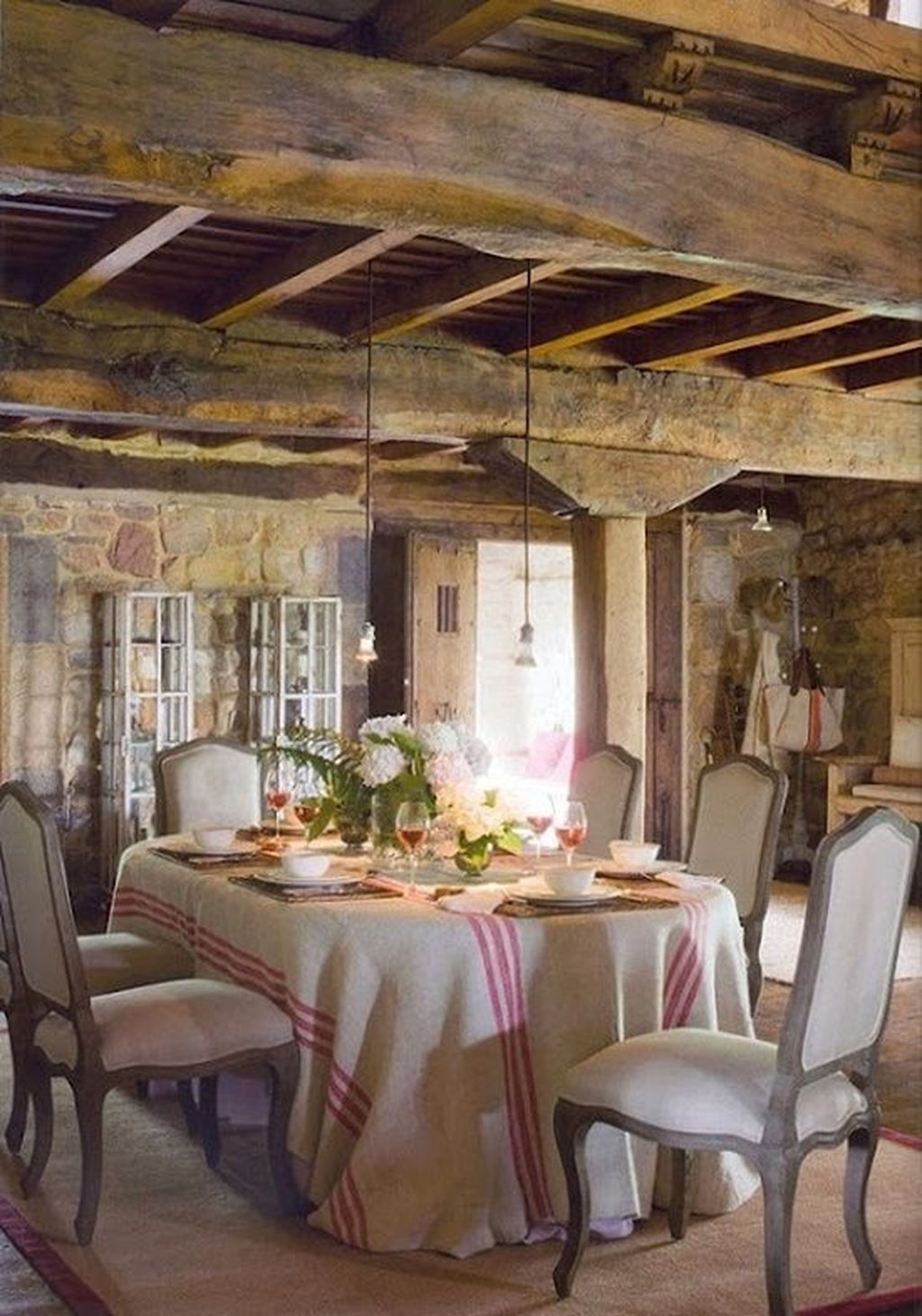 Stunning Romantic Dining Room Decor Ideas Best For Valentines Day 21