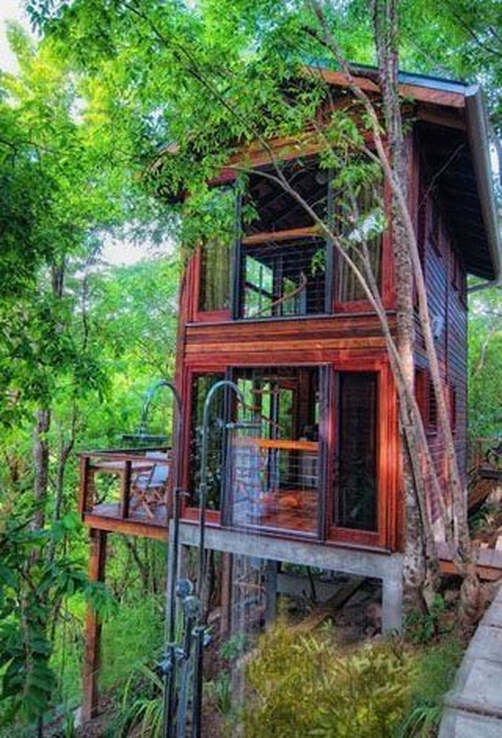 Stunning Tree House Designs You Never Seen Before 04